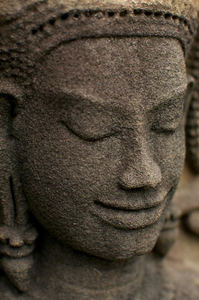 スラドムライに施された彫刻